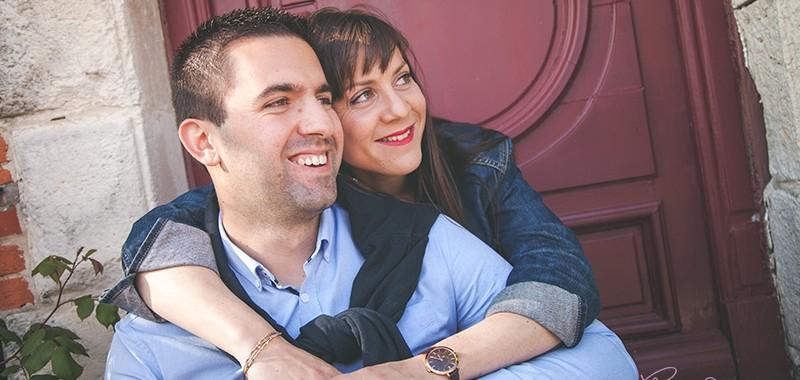 sance couple sous le soleil de la rochelle - Photographe Mariage Troyes