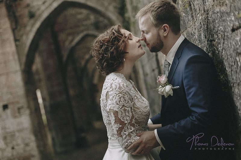 Photo de couple - Mariage Abbaye Trois Fontaine