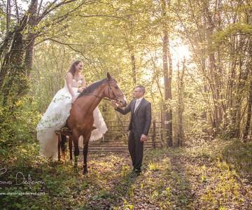 Une superbe séance Day After à Cheval pour ces deux jeunes mariés