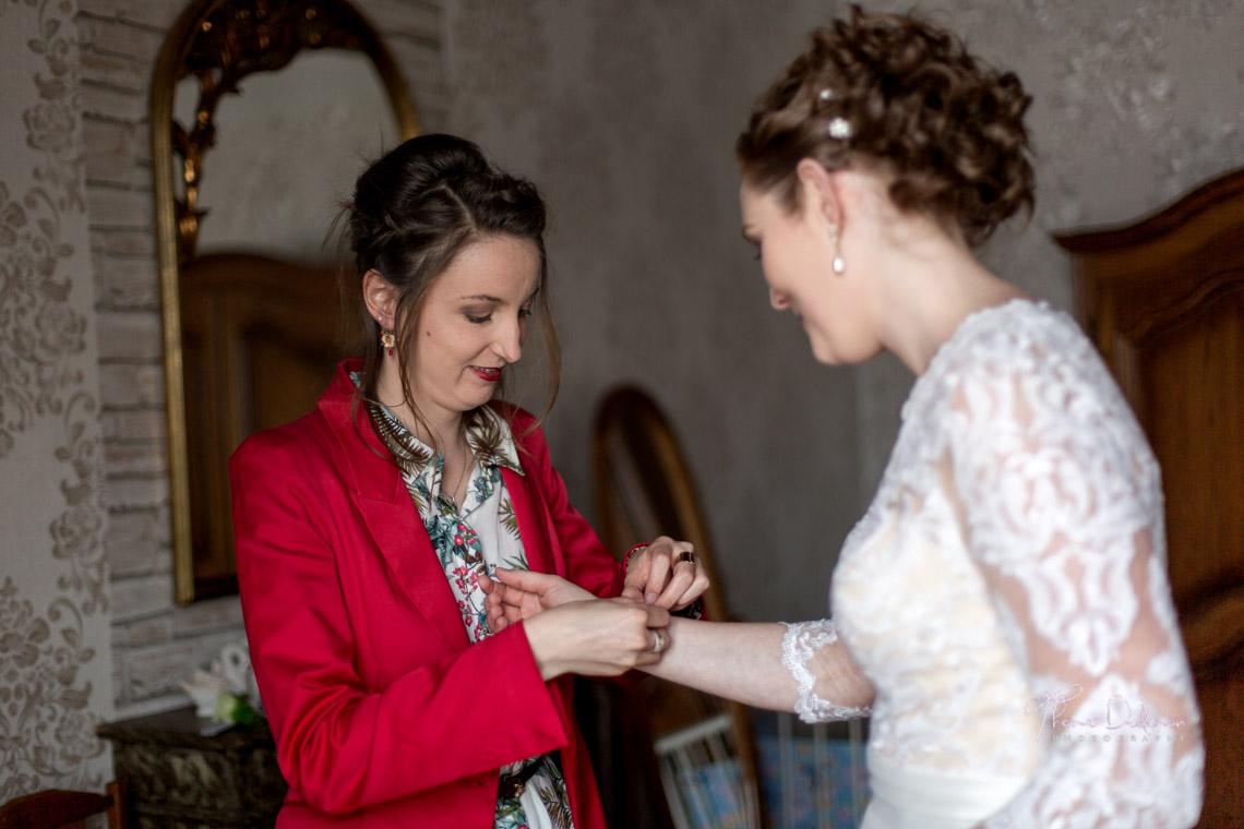 Préparatifs de la mariée à l'abbaye de Trois Fontaine - Haute Marne