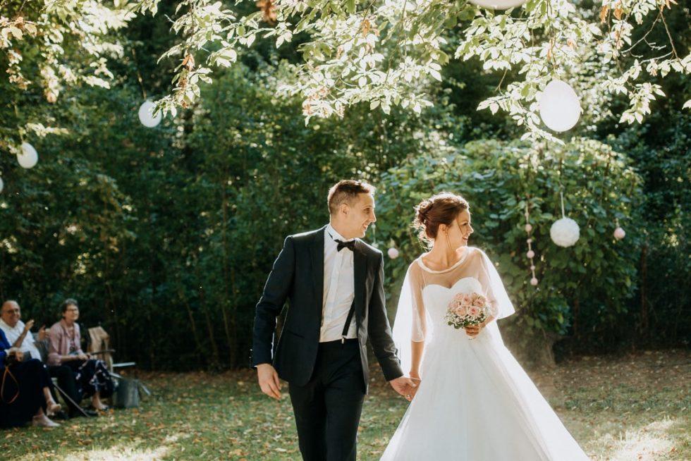 photo de mariés cérémonie laique