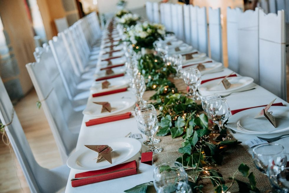 Décoration de table de mariage façon banquet