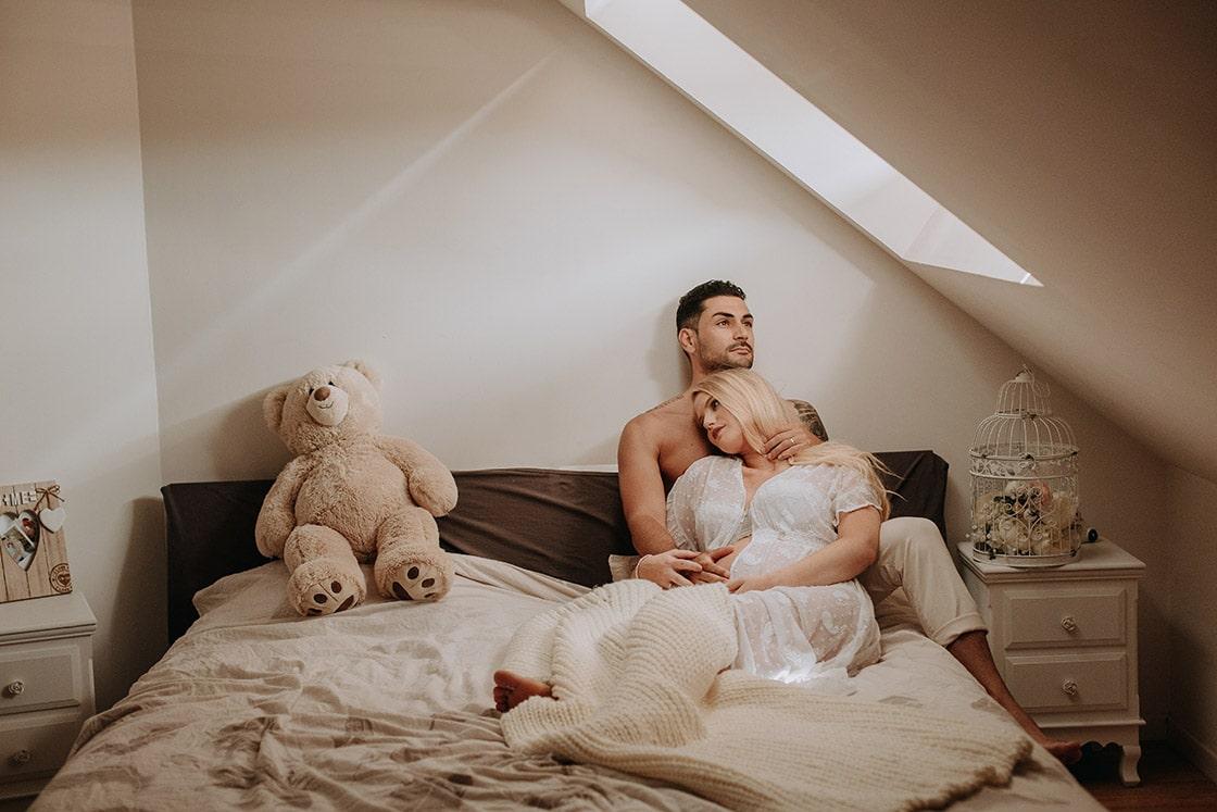 Séance photo grossesse intimiste à Troyes